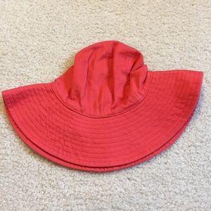 NWT baby Gap brimmed hat